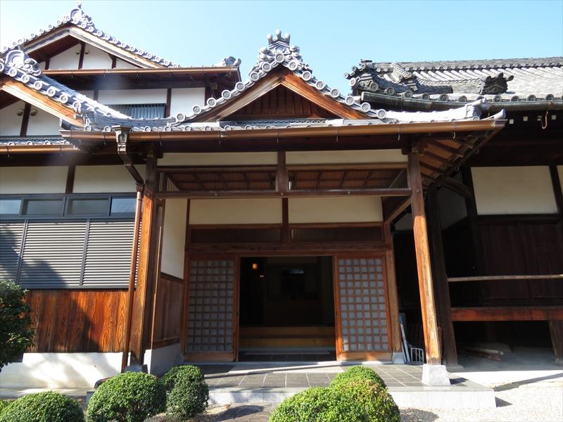 仮本堂入口(書院玄関)