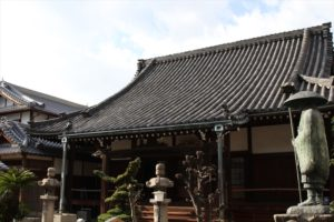 江戸時代の形を今に伝える本堂